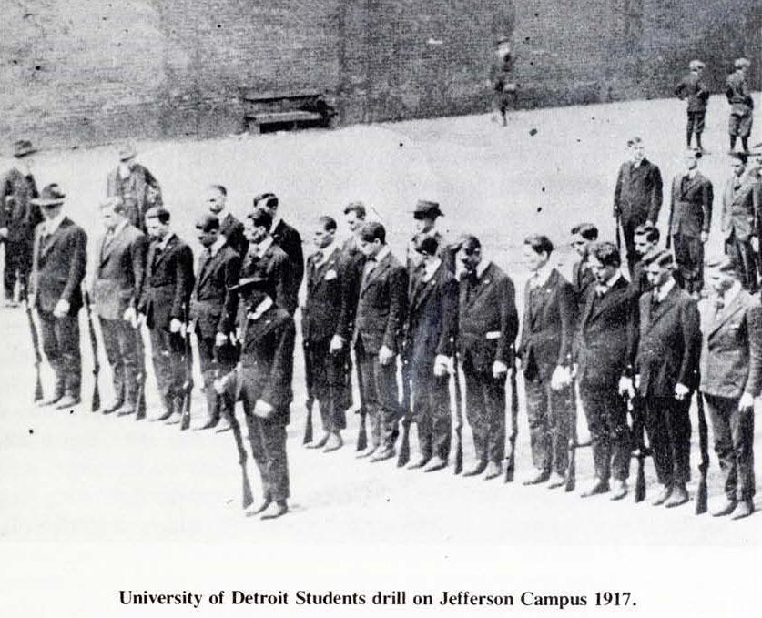 1917_students_drill_WWI-1877-1977_hisuod